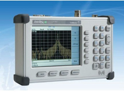 Anritsu-Handheld-Site-Master-Cable-and-Antenna-Analyzer-S331d[1]